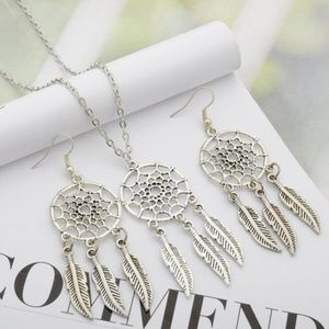 Jewelry - Indian Dream Catcher Feather Necklace Earrings Set